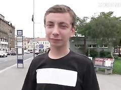 Cutie teen twink is sucking stranger's dick in bushes